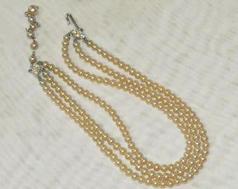 ViNTAGE faux PEARL Necklace Downton Abbey Necklace 1930s Pearl Necklace Beige Triple String of Pearls