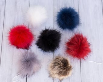 Mixed colors pompoms a5f4b8ec3e0