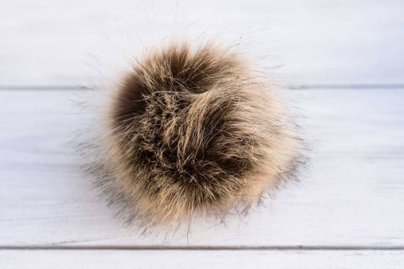 43c1e202c6b 1 pcs. Faux fur pompon Fake fur pompon Different colors