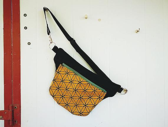 1 Pocket Pocket. Handmade Fabric Stamping Flower of Life Light Brown Camel or White Black Zipper