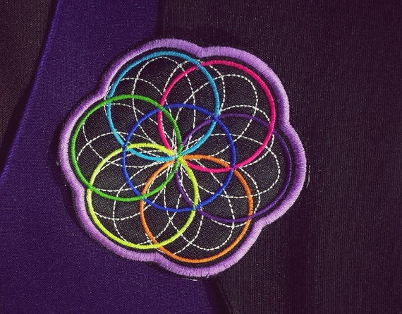 Embroidered Patch Flower of Life Colors 9 colors. Size approx 10 cm.
