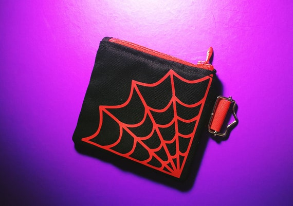 Wallets / mini cotton bag. Cobweb print Confection and 100% handmade print. Plastic Zipper Closure.