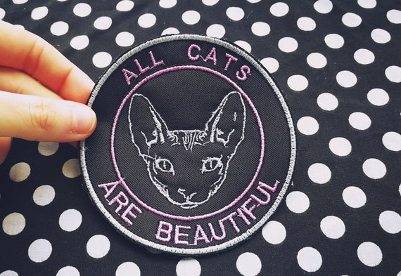 Embroidered Patches in yarn (color of the letters to choose) All cats are beautiful. Sphynx Cat