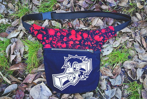 Two-pocketed Fanny pack. Image applied in textile vinyl.