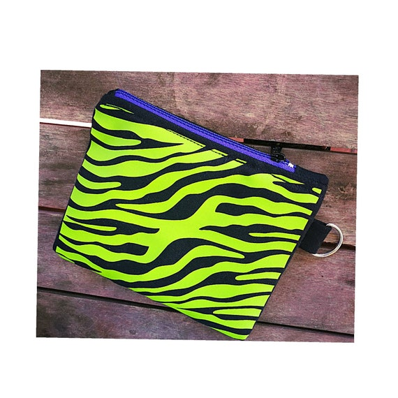 Wallets / mini cotton bag. Green zebra print. 100% handmade. Plastic zipper closure.
