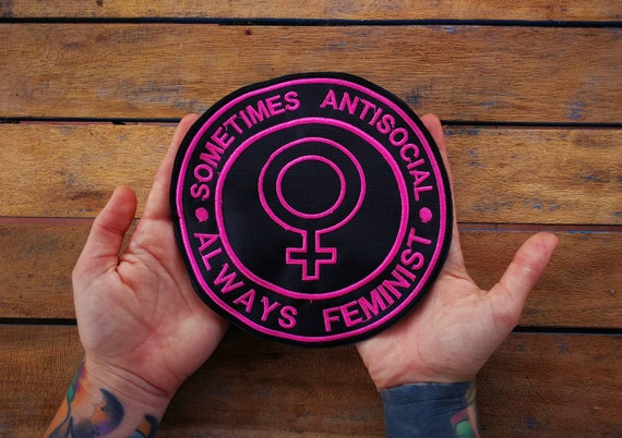 Patches Embroidered in thread. Original own design of 'la cienaga' Size 16 cm Sometimes Antisocial always feminist.