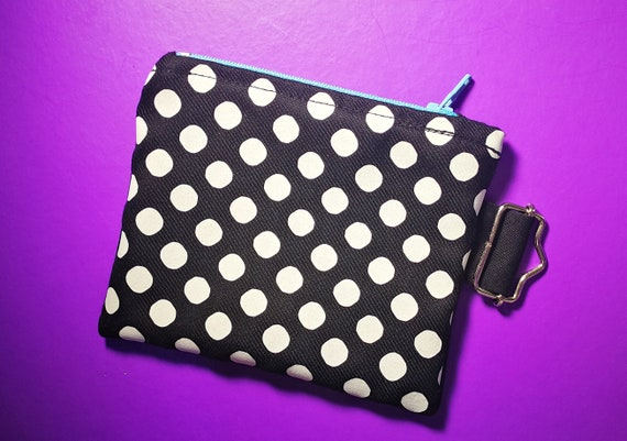 Wallets / mini cotton bag. Polka dot stamping and 100% handmade. Nylon Zipper Closure