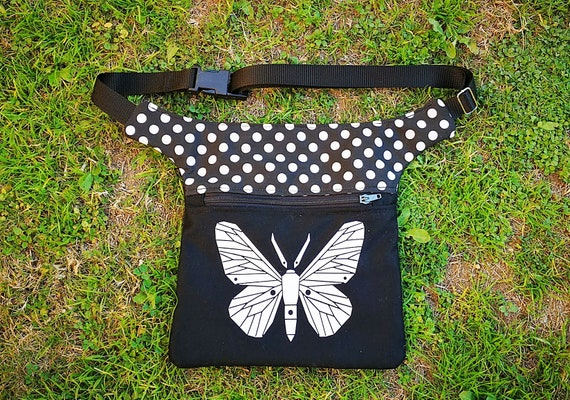 Waist and purse. 2 big pockets. Polka dot fabric with applied image in vinyl HipBag waist size to your measurement
