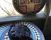 Griswold Heart Star Waffle Iron No 18 with Low Base