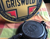 Griswold American 9 Waffle Iron No 156 with Bail Handle Base