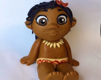 Disneys Moana cake topper