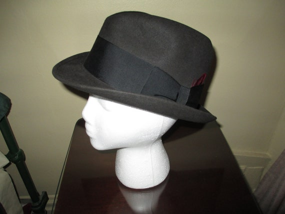 60e9ff820 Stylish Vintage Black Mens Fedora Hat ~ 100% Wool ~ Size 7-1/4 ~ Nice Look!