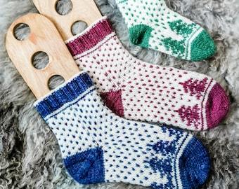 Christmas is coming socks - Pattern Only -  Digital Pattern in English/Norwegian