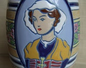 Rare Antique Large IMPERIAL AMPHORA VASE- 3 female portraits, near mint condition no damage 1920s 12.5 inches high