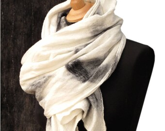 Felted scarf White shawl Womens scarves and wraps Wool scarf Unique handmade scarf shawl Sciarpa bianca White nuno scarf Weiss filz schal