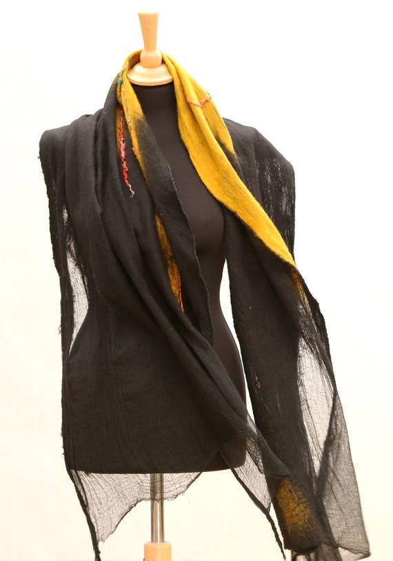 b18a0bf5bee0 Festival foulard pour les femmes écharpe abstrait Nuno   Etsy