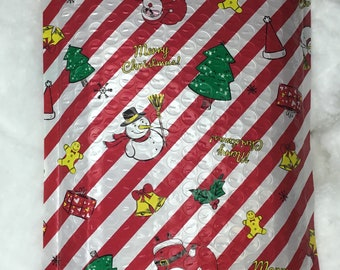 Have your Doughforit gift arrive in a special Christmas bubble mailer. Gift packaging. Gift wrap. Send a gift directly to the recipient.