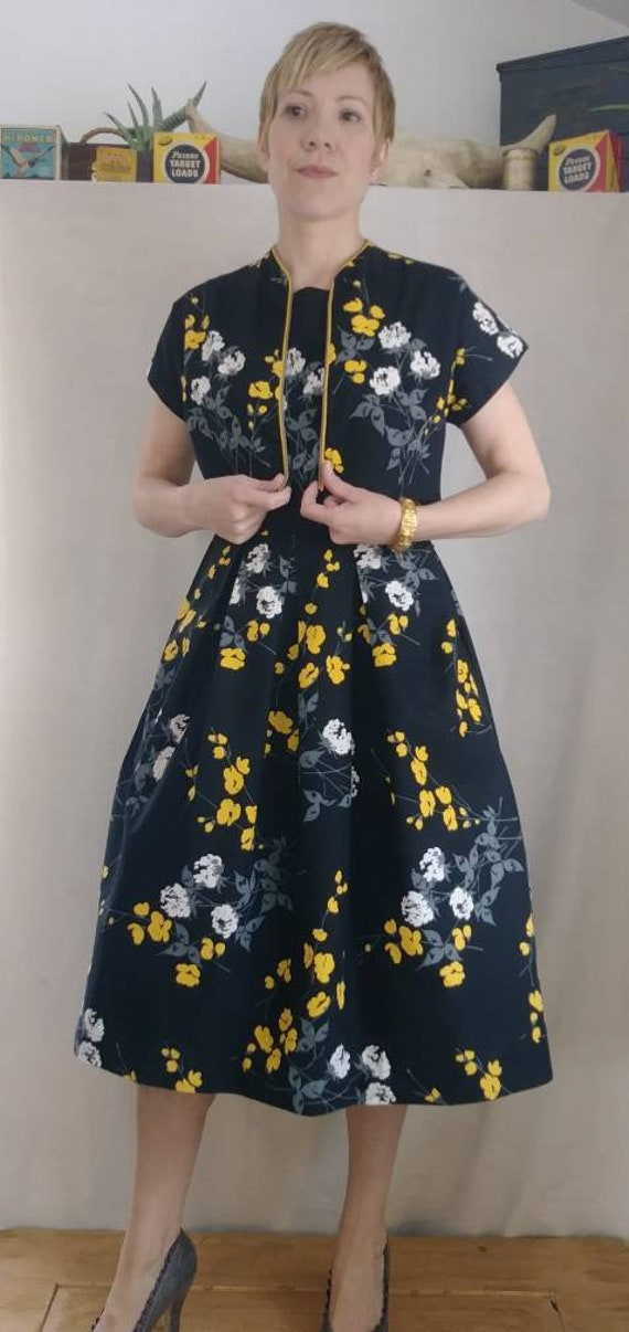 Vintage 1950's Floral Cotton Dress and Shrug Set b