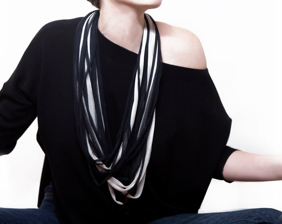 Handmade Necklace, Contemporary Jewelry, Made in Italy-Mod 25-15.0