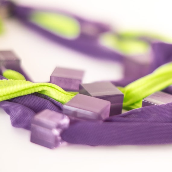 Handmade necklace made of tulle webbing with resin applications - Purple, lime green and purple details - Made in Italy Mod 034
