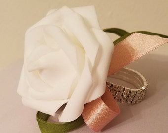 Silver or Gold Wrist Corsage/ Wedding Corsage/ Prom Corsage/ Quinceanera Corsage