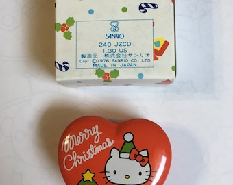 06a4af20c 1976 vintage hello kitty Christmas candle from sanrio japan