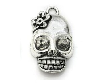 4 or 20 pcs Silver Sugar Skull Dia De Los Muertos Charms US Seller AS218
