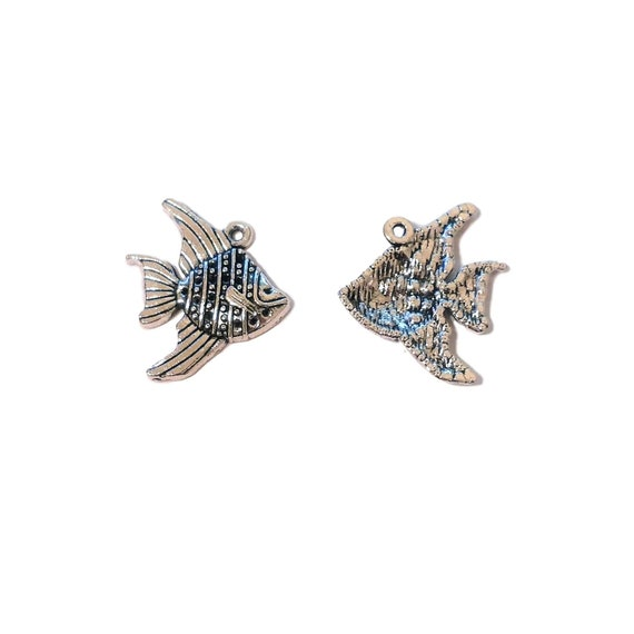 AS634 4 US Seller 20 or 50 BULK pcs Silver Sea Shell with Star Fish Charms