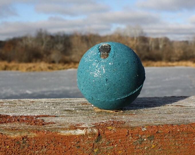 Featured listing image: Frost Moon Turritella Agate Full Moon Bath Bomb
