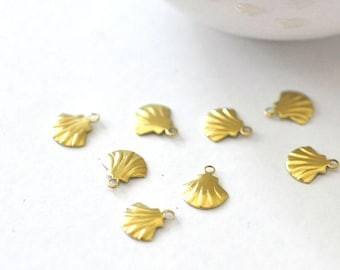 Shell charm brass, supplies for jewelry, raw brass charms, jewelry, nickel free, set of 10.10 mm