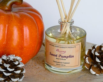 Sweet Pumpkin Reed Diffuser, Eco Friendly Air Freshener, Pumpkin Home Fragrance, Fall Home Decor, Desk Décor, Housewarming Gift, Non-Toxic