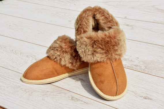 17deb6b7ca3 Sheepskin Men s slippers Leather slippers Boots Ugg