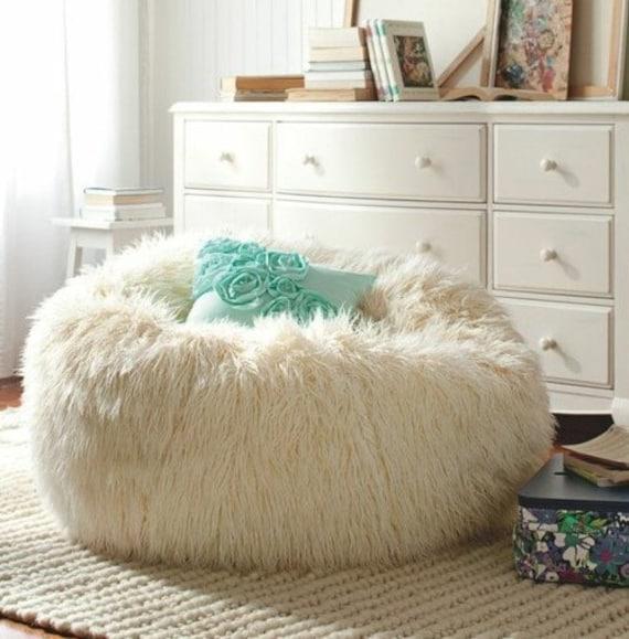 Very Big Sheepskin Pouf White Bean Bag Large Pouf Fur Pouf Etsy Best Sheepskin Pouf Bean Bag