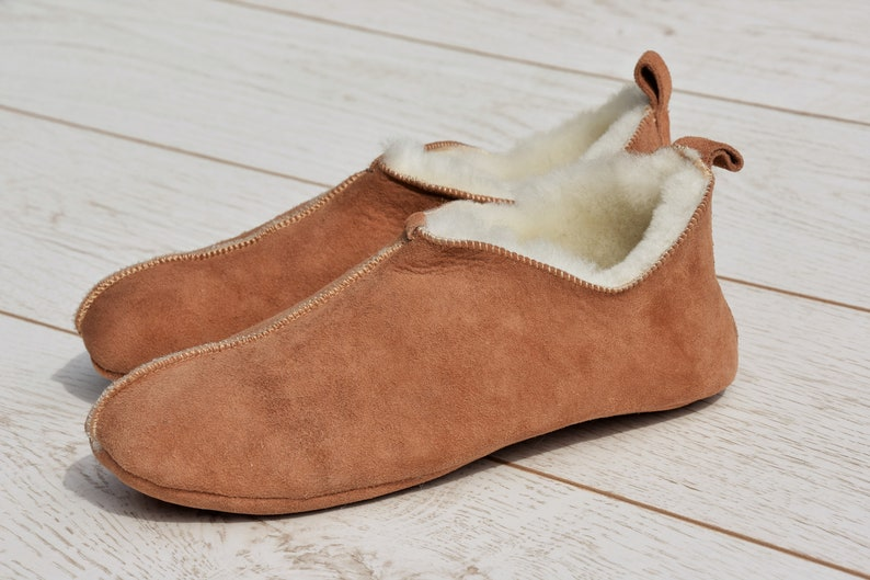 81f2a96761 Sheepskin Men s slippers Leather slippers Boots Ugg
