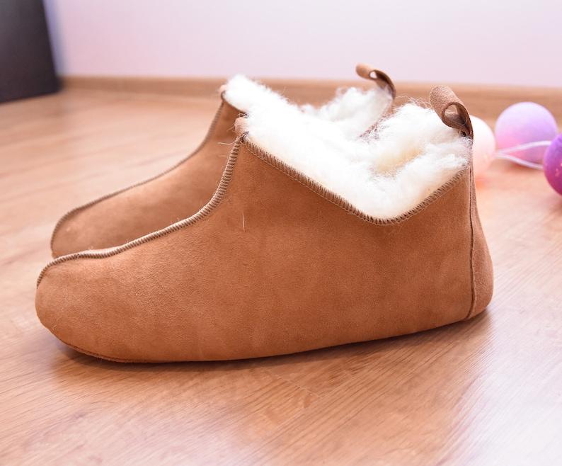 f5bee428865 Leather slippers Sheepskin Mens slippers Lambskin Boots