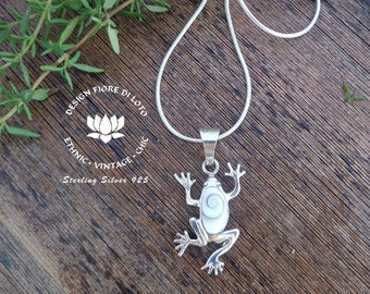 Shiva Eye and Sterling Silver Frog Pendant, frog jewelry, Cute Frog pendant, Unique frog necklace, Gift for Frogs Lovers, amphibian jewelry
