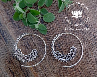 silver hoop earrings Spiral Earrings Kashmir Design Earrings Boho Hoops Antique Indian hoop Earrings Sterling Silver Jewelry Round Earrings