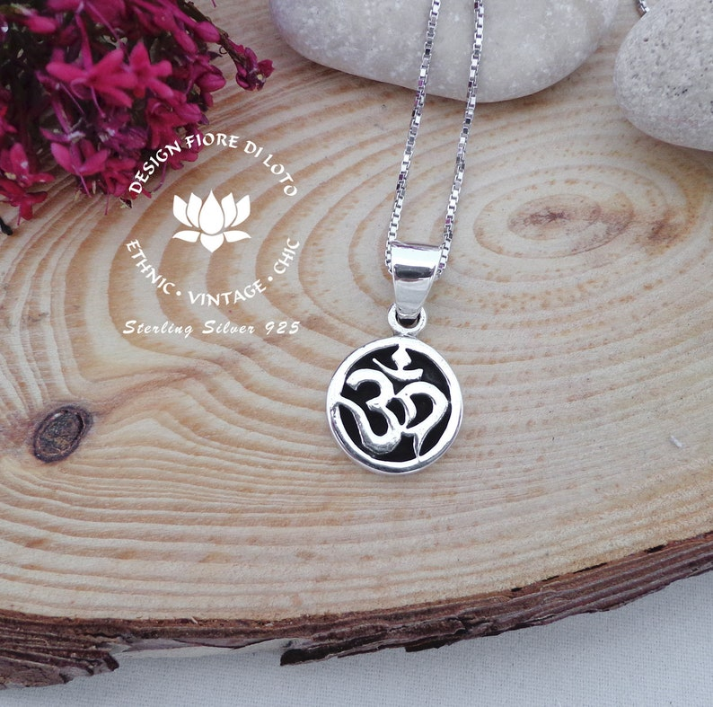Sterling silver om pendant Aum necklace Sacred jewelry Pendant for buddhist Aum charm Yoga gift Aum necklace Spiritual jewelry Yoga jewelry