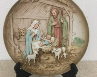 Vintage Nativity Colectors Plate with stand
