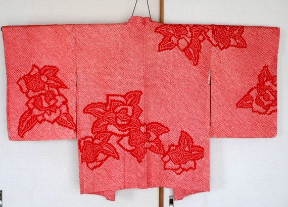 Vintage Japanese kimono Jacket ///  Haori, red Shi
