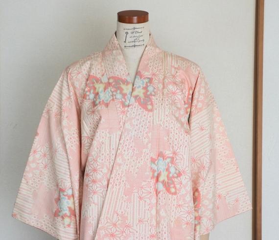 Vintage Japanese Kimono /// Pink Silk Kimono, Bota