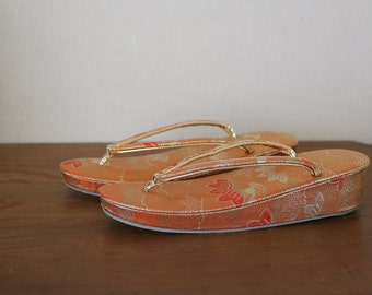 Set of 2 /// Vintage Japanese Brocade Bag and Sandals, Vintage Japanese brocade zori, Orange embroidery bag, Gorgeous bag and sandals