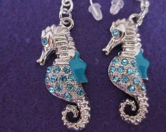 Sea Horse dangle earringd
