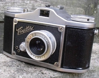 Vintage 1950 Saraber Finetta IV 35mm Film Camera.