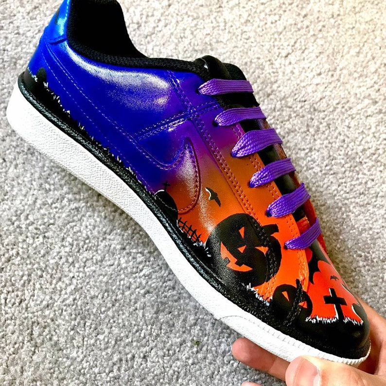 Halloween Jack aire linterna zapatos pintados a Nike personalizada.
