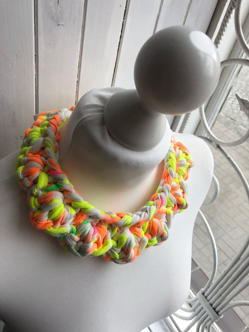 Chunky Statement NECKLACE Bib Necklace Crochet T-Shirt Yarn | NEON Fabric Necklace Zpagetti Alternative Jewellery