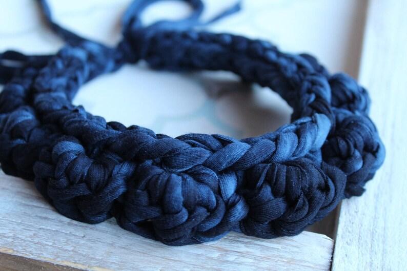 Knit Alternative Jewellery Chunky Statement T-Shirt Yarn pompoms Crochet Bib Necklace Zpagetti Fabric Necklace NAVY Ombr\u00e9