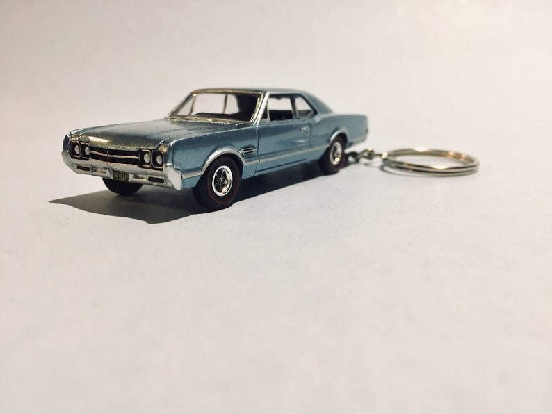 1966 Oldsmobile 442 keychain - Novelty keychain made from 1/64 scale die  cast car