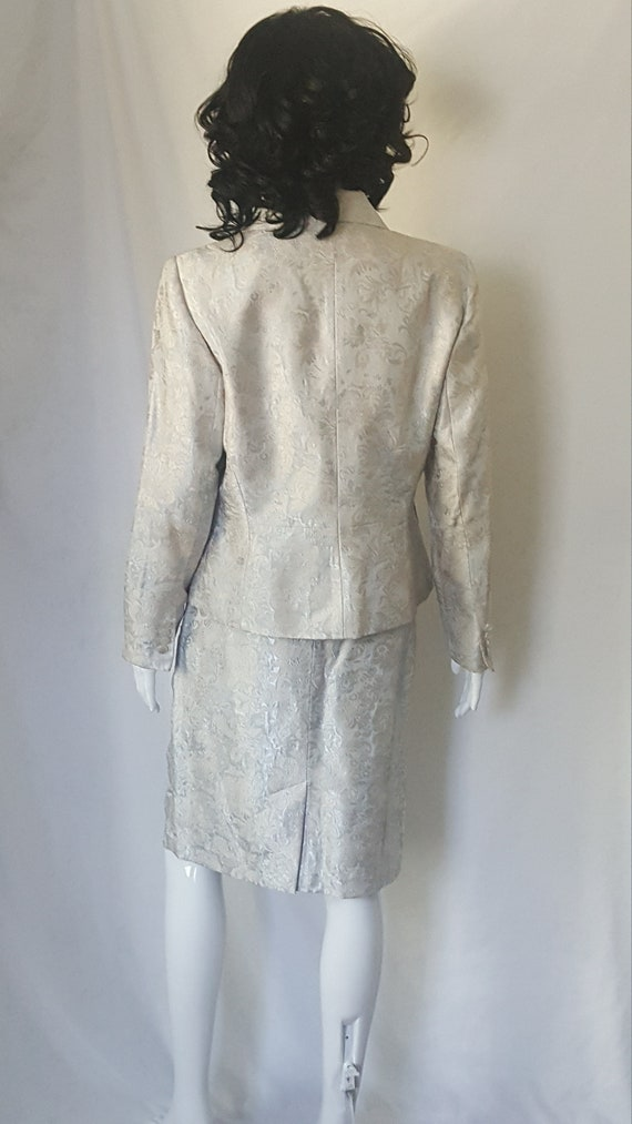 Two Piece Spring/Summer Suit - image 6