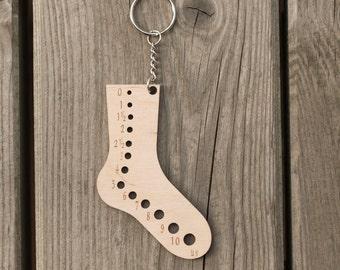 Mini sock knitting needle gauge, Wooden keychain, Knitting accessories